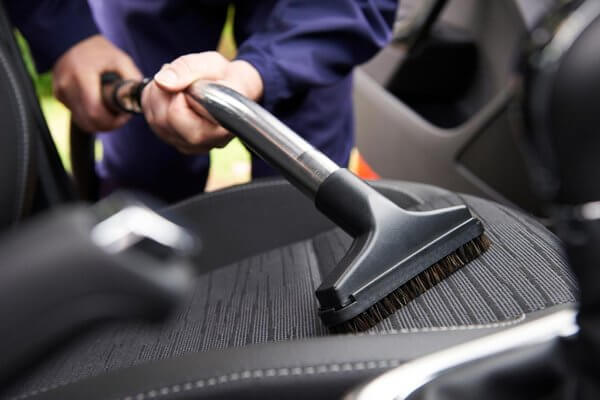 seats vacuum cleaning
