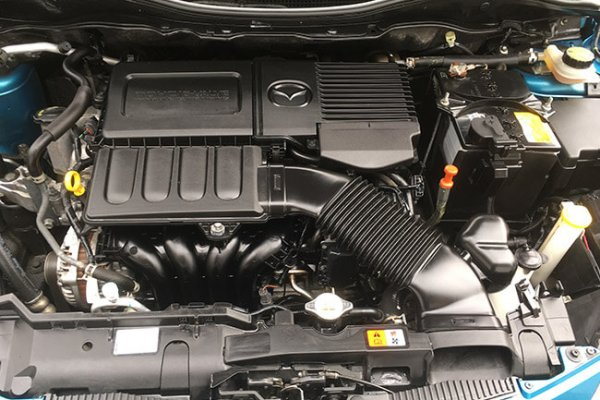 Clean detailed mazda engine